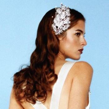 curly down wedding hair with big beautiful wedding hair clipjpg