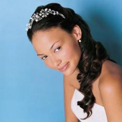 curly bride hairstyle with tiara.jpg