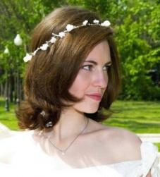 down wedding hairstyle.jpg