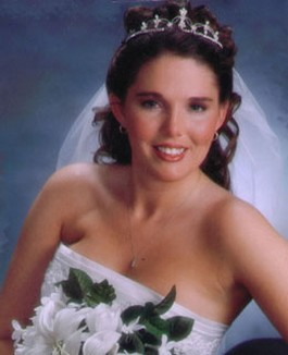 bridal hair style with veil and tiara.jpg