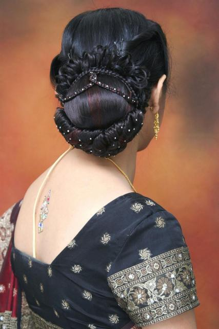 asian bridal hairstyles. Indian bride hairstyle.jpg