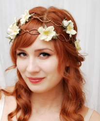 Red hair wedding hairstyle with fresh flowers headband.PNG