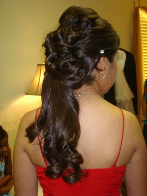 bridesmaid half updo image.jpg