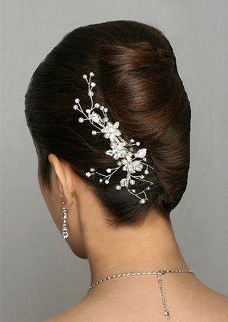wedding updo with hair clips pictures.jpg