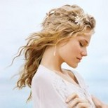 wavy casual wedding hair