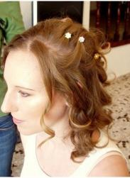 curly wedding hairstyle picture.jpg