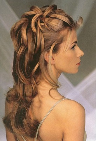 wedding hairstyles 2008 with bride hairstyle down.jpg