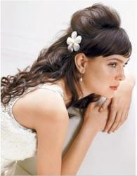 trendy wedding half updo hairstyle picture.jpg