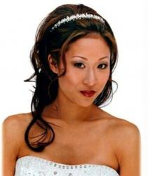 Asian bride down hairstyle with terria picture with long wavy hair.jpg