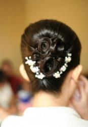 Asian wedding hairstyle with small floral hairclips.jpg