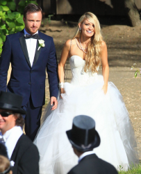 Aaron Paul and Lauren Parsekian wedding images.PNG