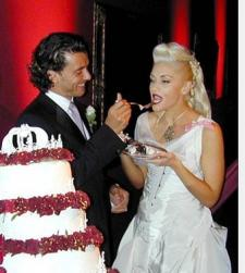 cool celebrity weddiing hairstyle Gwen Stefani and Gavin Rossdal.jpg