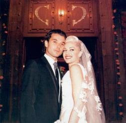 Gwen Stefani and Gavin Rossdale wedding pictures.jpg