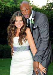 Khloe Kardashian wedding pictures.PNG