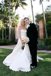 Avril Lavigne and Deryck Whibley wedding pics.jpg