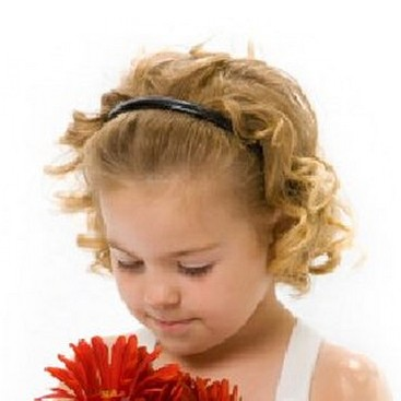 cute hairstyles with headbands. cute curly and simple flower