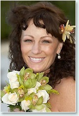 Wedding beach curly hairstyle with fresh flower hairclip picture.jpg