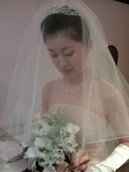 Angle wedding hairstyle with veil and terria pictures.jpg