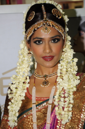 Indian bridal wedding hairstyle pictures.PNG