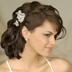 Wavy and curly wedding hairstyle with jewelry cream clips