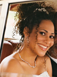 Cute curly African American wedding hairstyle.PNG