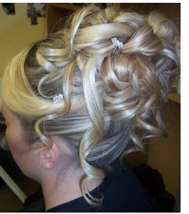 Picture of High wedding updo hairstyle w/ full curls in blond hair