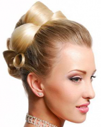 Hight elegant wedding hairstyle in blond.PNG