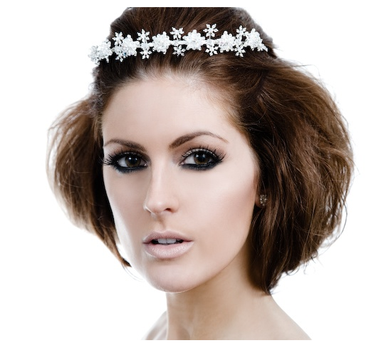 Beautiful vintage wedding updo with crystal terria.PNG