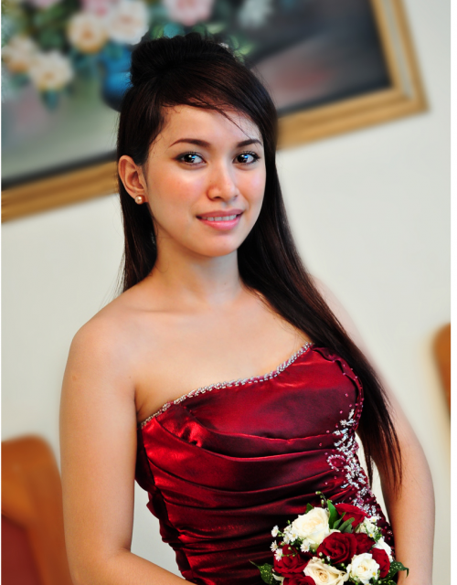 Hairstyles For Bridesmaids With Long Hair. Half long Bridesmaid Hairstyle