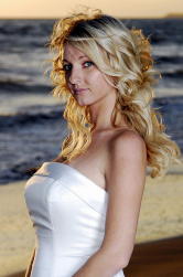 Blonde curly hairstyle for beach wedding.PNG