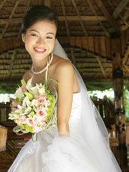 Simple classic bridal hairstyle with veil for Asian brides.PNG