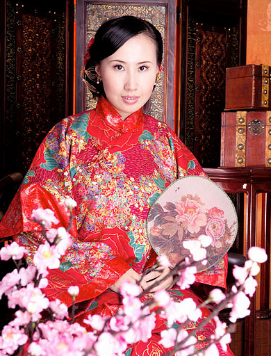Traditional Chinese bride hairstyle photos.PNG
