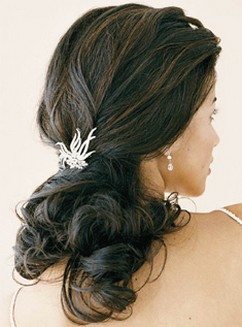 Image of half updo beach hairstyle