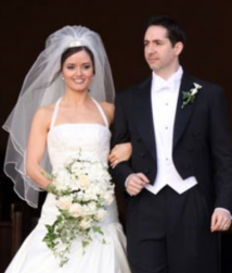 Danica McKellar and Mike Verta wedding pictures.PNG