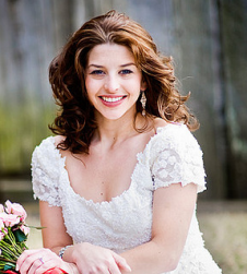 Pretty picture of bride with curls.PNG