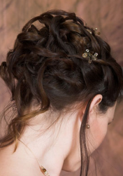 Pretty wedding updo pictures.PNG