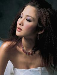 Asian wedding hairstyle wtih modern look.jpg
