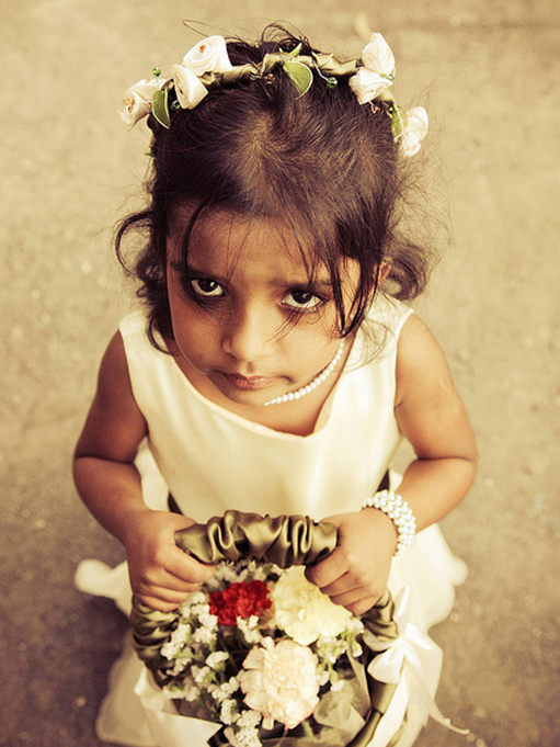Small floral headband for flower girl.PNG