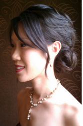 Asian brides hairdo pictures with a simple style.PNG